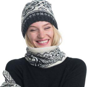 A Knit Story strikkepakke - Voss lue onesize