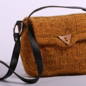 WOOL4YOU knitting kit - Alma - brun